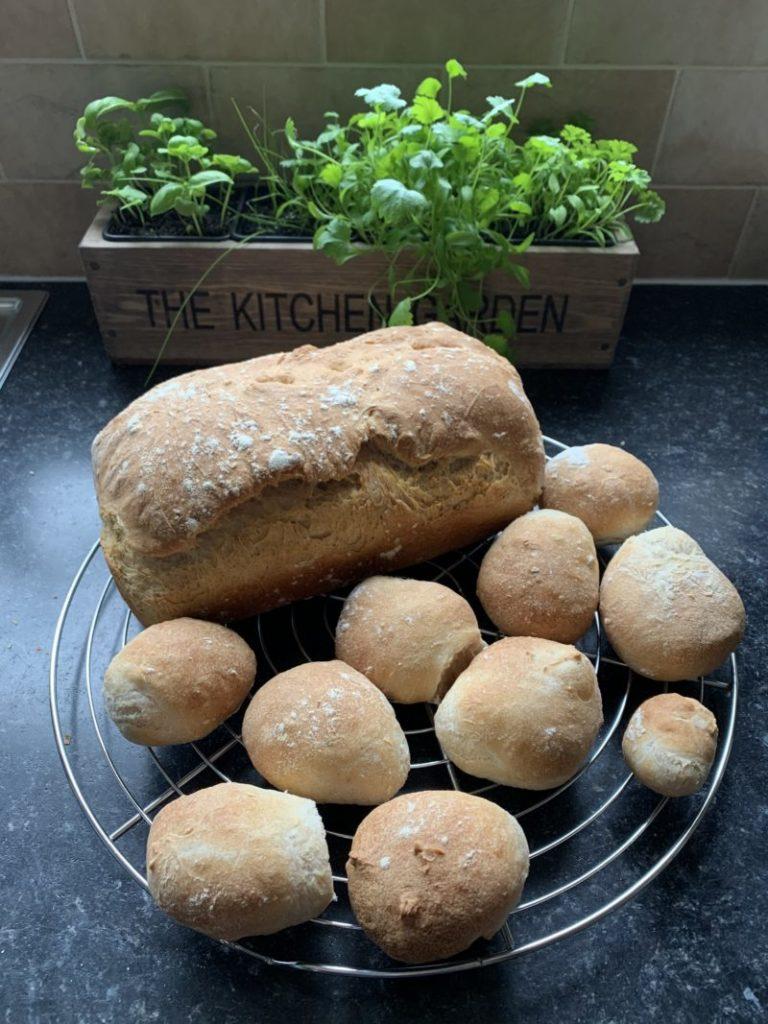 A fluffy white bread recipe  or lots of ligh bread rolls
